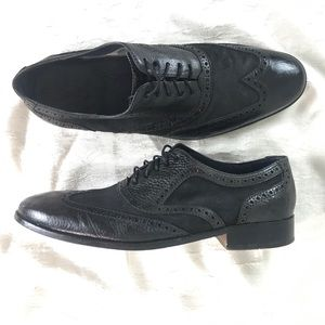 Men's Cole Haan size 13 black wing tip dress shoes